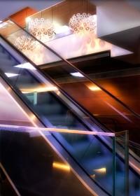 Fotógrafo de edificios-Interior Escalera Mecánica Hotel Eurostar - Madrid Tower